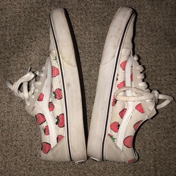 23462533948 Vans Shoes - strawberry old school vans 💕